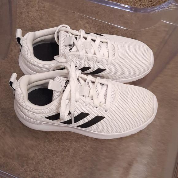 Little boys Adidas cloudfoam sneakers